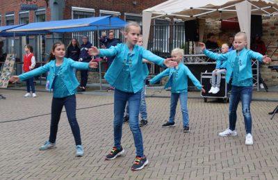 sternseslotlanders koningsdag 2019 opleidingsgroep Color kids